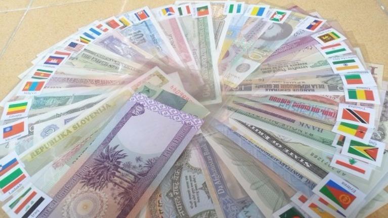 Đoán tiền các nước trên thế giới