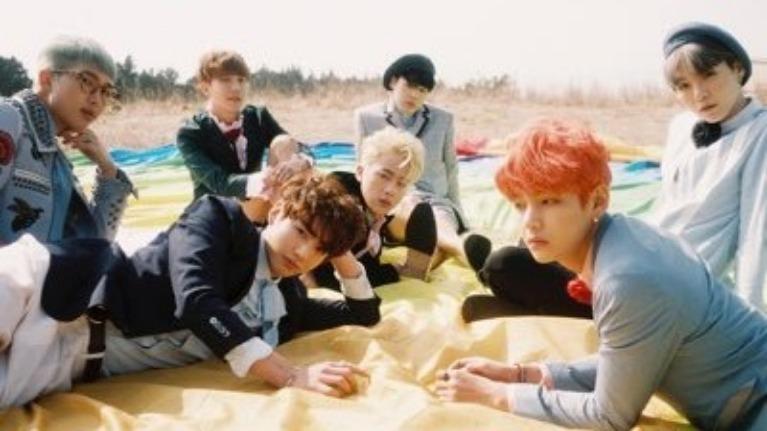 Bạn nhớ bài hát DEBUT của các nhóm ???