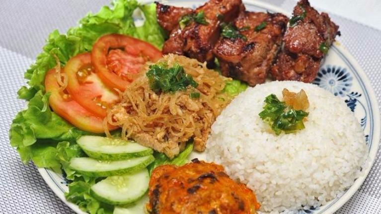 Nhìn hình đoán tên các món cơm Việt Nam