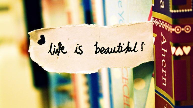 Cùng nhau tìm hiểu một số câu nói hay về cuộc sống bằng tiếng Anh nhé !!!